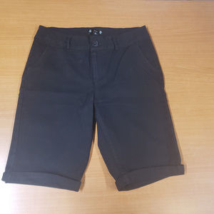 Iris medium black shorts